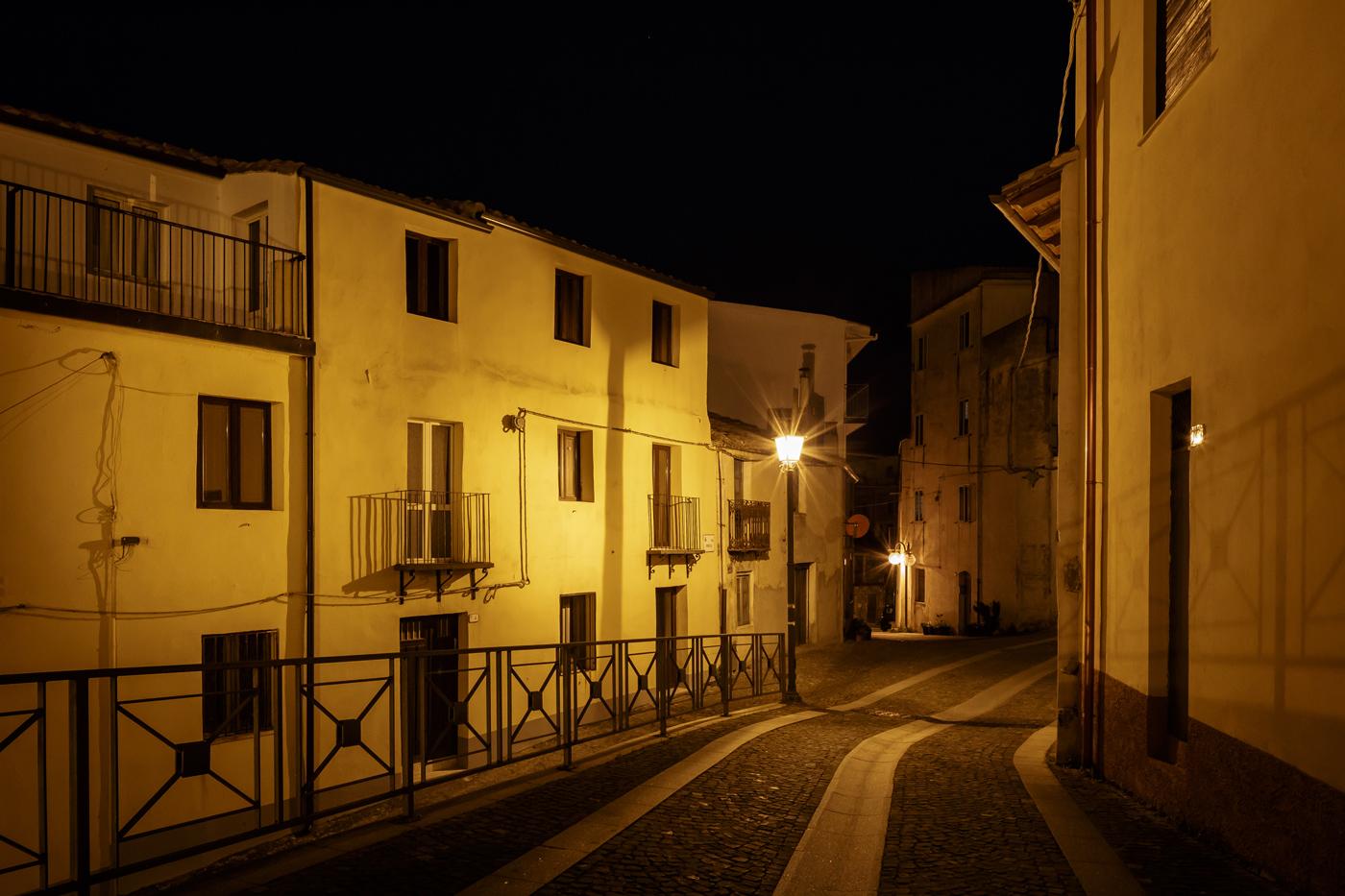 B&B Gennarcu. Scorci di Ussassai di notte, Sardegna